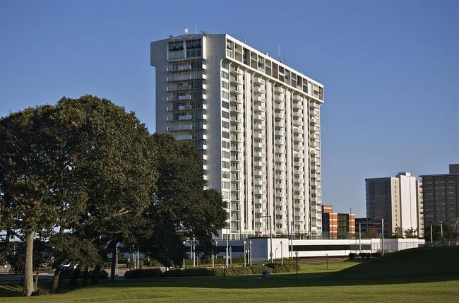 Oceans Condominium 4004 Atlantic Ave Virginia Beach Va 23451
